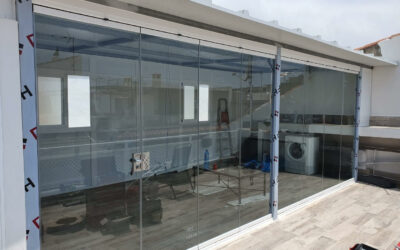 Cortina de Cristal y Panel de Cubiertas en Pedregalejo